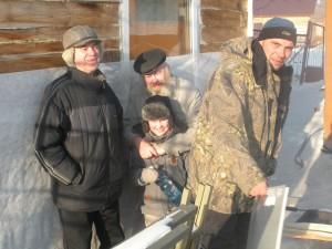 RV9OZ, сын RO9O, UA9OA, RZ9ON,  16 Февраля 2015 у RO9O на дне Рождения